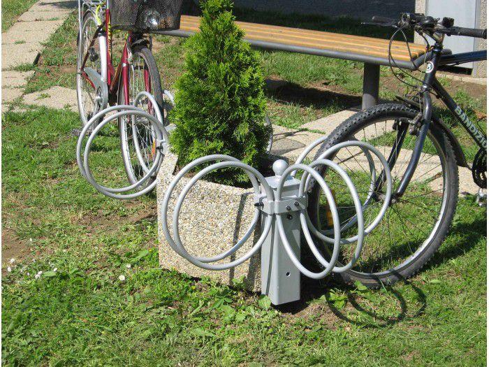 typ-4101-fahrradstander-am-blumentroge-doppel.jpg