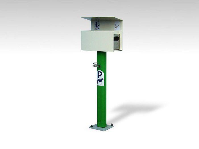 typ-7434-dog-parking-pole-fur-hunde-bindung-mit-abfallbehalter-und-aschenbecher.jpg